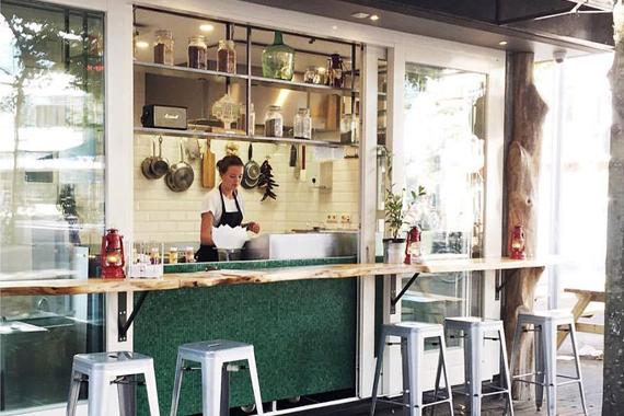vleesch-noch-visch_street-food_kiosk
